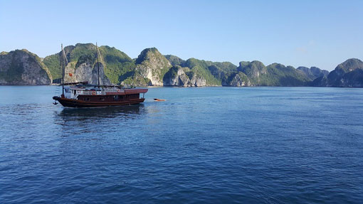 2 night/3 day cruise on Halong Bay